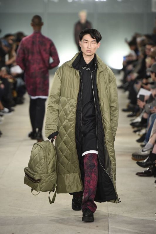 London Collections Men: Extra-long coats