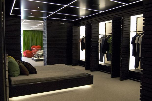 Appartment-like atmosphere in the Bikkembergs store