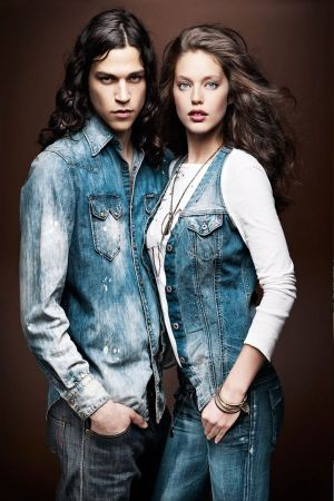Emily Di Donato and Miles McMillan by Thierry Le Gouès@ Artware Industry