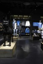 Jack & Jones: growing by retail expansion