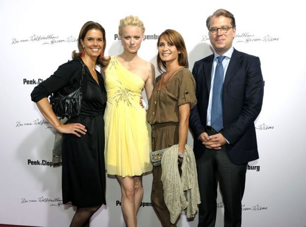 Kerstin Pooth (P&C), model Franziska Knuppe, actress Anja Kling & Dr. Adrian Kiehn (P&C)