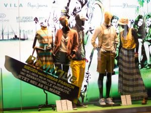 Shop window showing the assortment of the Boutique in Siegen