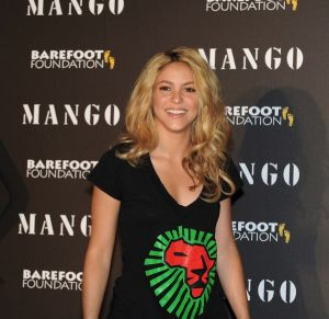 Shakira teams up with Mango and Unicef