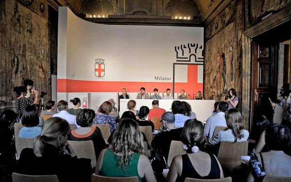 White Milano Conferenza Stampa