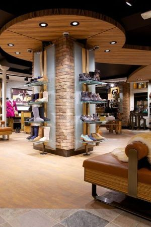 1st Ugg store in Paris