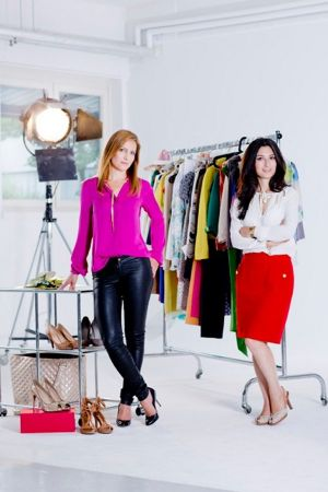 Alexandra Podeanu (l.) and Kiana Mardi are the founders of Glamloop.