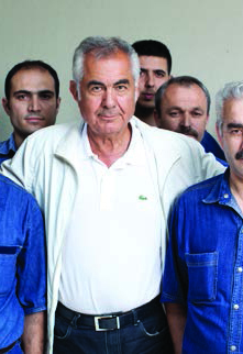 Atilla Kyiat, CEO of Orta Anadolu, with workers