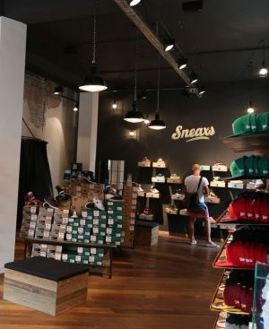 Atmosphere at Sneaxs store