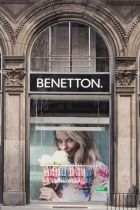 Benetton's new On Canvas store at Piazza Duomo