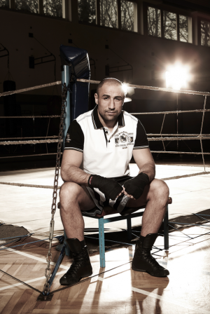 Camp David sponsors boxing champion Arthur Abraham