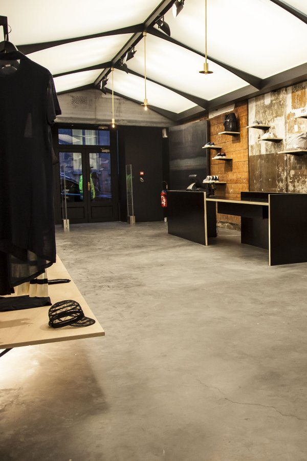 stories adidas new concept store no42 in paris. Black Bedroom Furniture Sets. Home Design Ideas