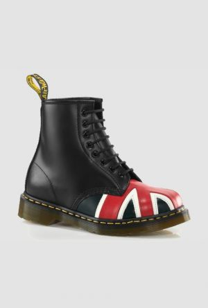 Dr. Martens Union Jack 8-eye boot