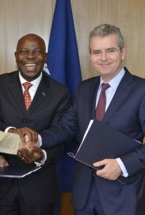 Gilbert Houngbo (l.) and Pablo Isla