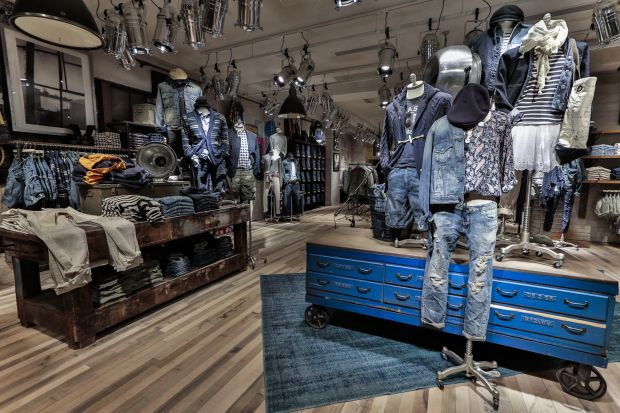 Impression of the Ralph Lauren Denim & Supply store from the inside