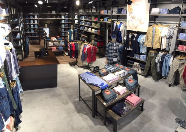 Impression of Wrangler´s first store in Marsaille, France