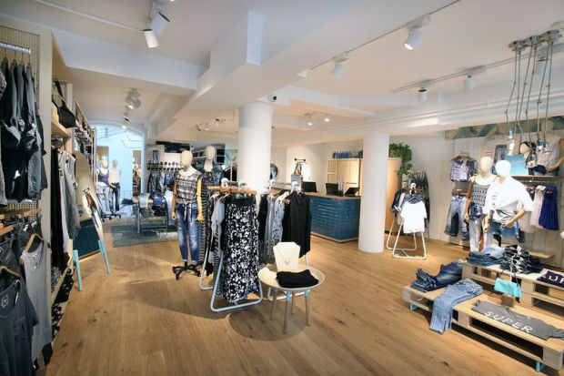 Mediterranean-flair design concept at Mavi's new store