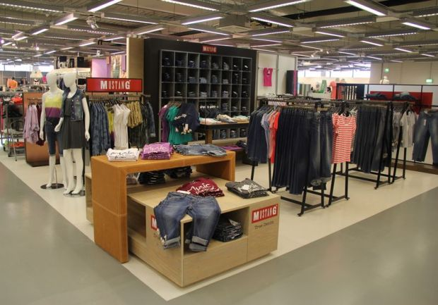 New shop-in-shop concept at Mustang