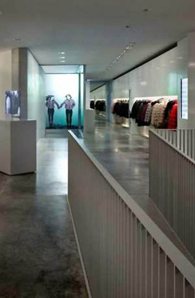 big sale 70ccf 9eab6 Stories: Duvetica expands to Germany
