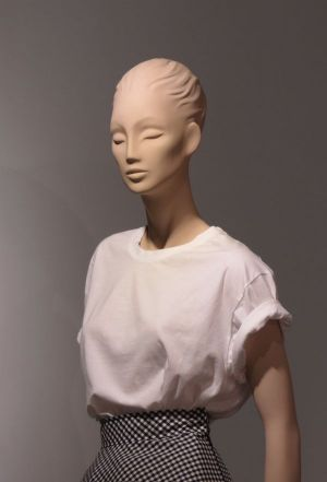 One of La Rosa's mannequins