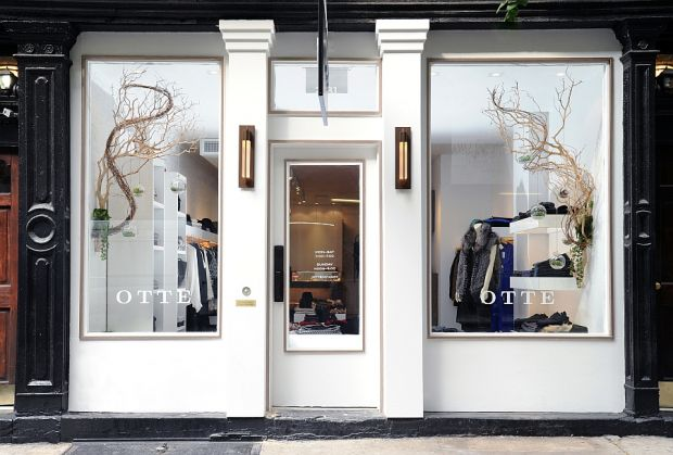 Otte Nolita outside