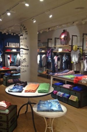 Pepe Jeans store in Rome