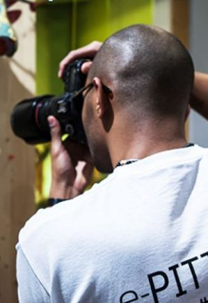 Photographer at e-pitti