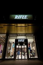 Rifle store in Florence