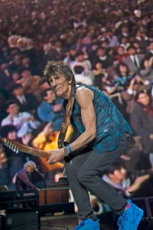 Ronnie Wood wearing Metlin' Pot.