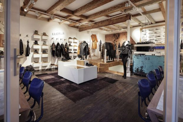 The 40 sqm store highlights from the Denham collection