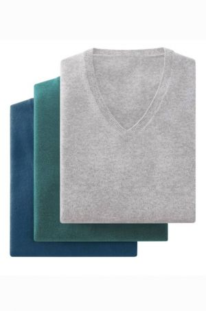 The pieces of Uniqlo's 100% Cashmere line are now sold at Voo
