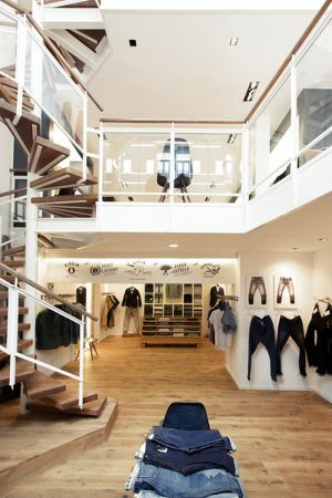 The new Denham store in Amsterdams Hobbemastraat