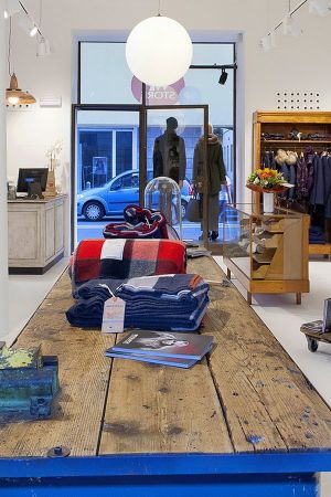 The new WP store in Parma presents a mix of contemporary and vintage shopfitting
