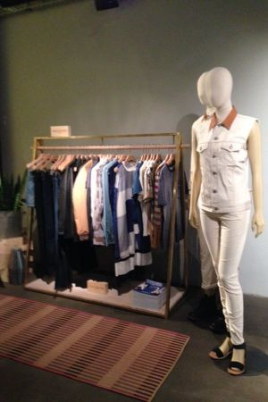 Washed out and faded colors for Levi's s/s 2015 collection.