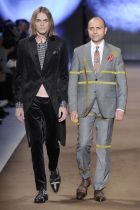With their FW14 show, Etro celebrated the ability of Italian tailors