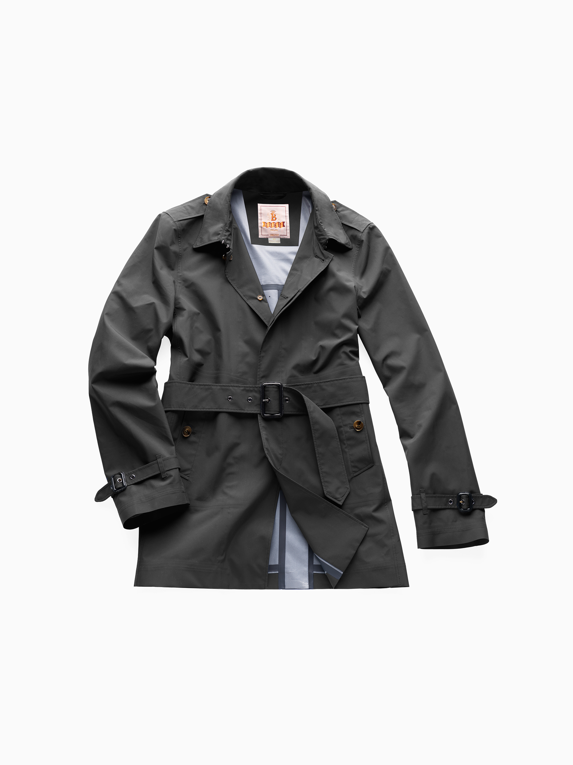 Baracuta short trench