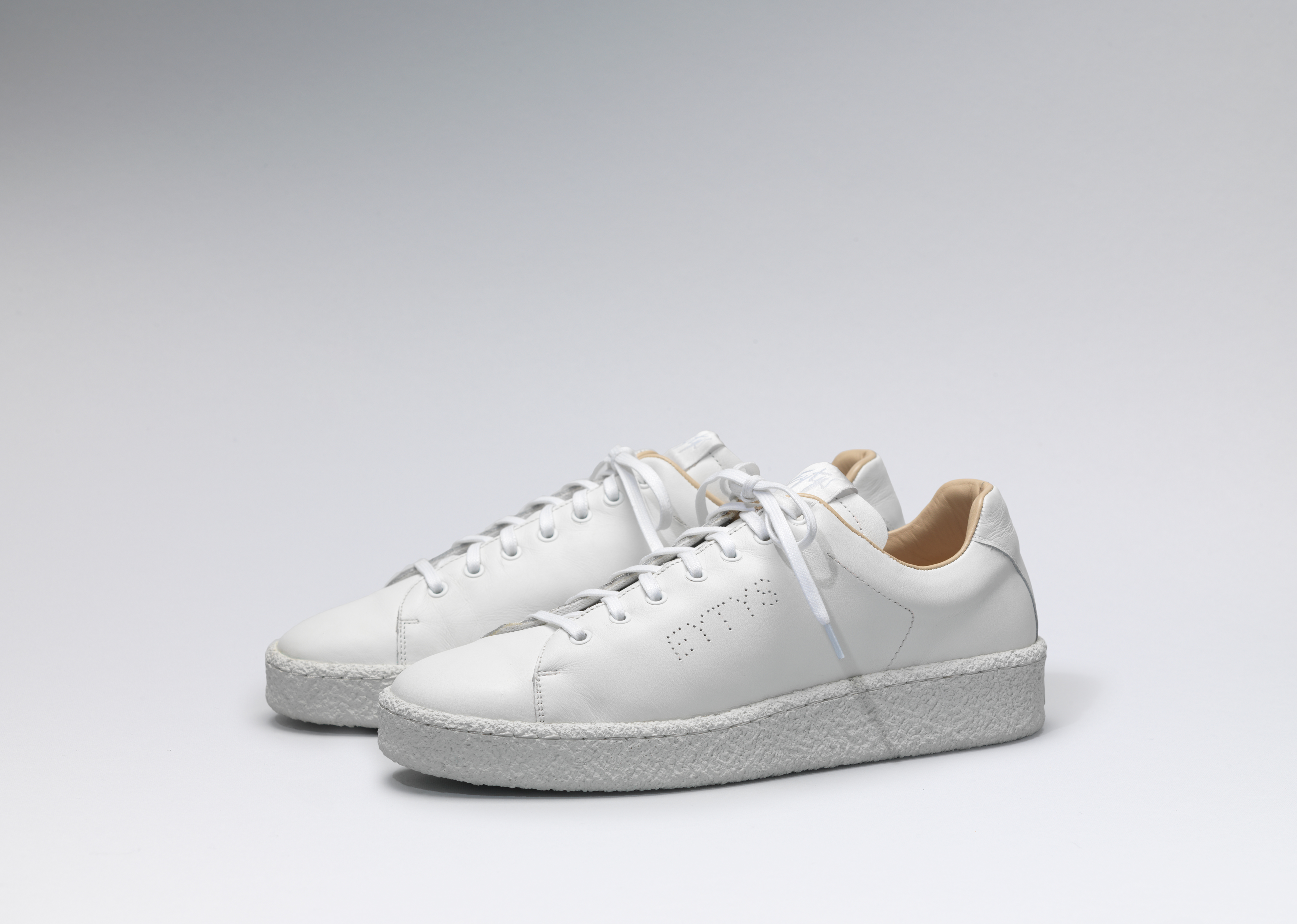 Eytys Ace all-white.