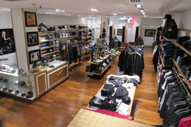 Inside the 8th Robin's Jean flagship