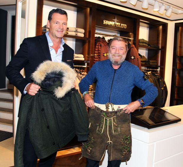 Lodenfrey Executive Partner Markus Höhn and Stone Island President Carlo Rivetti (right)