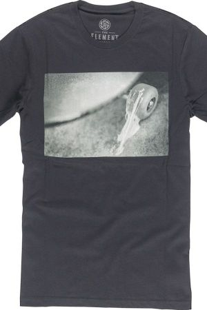 One of the Element Perspective tees
