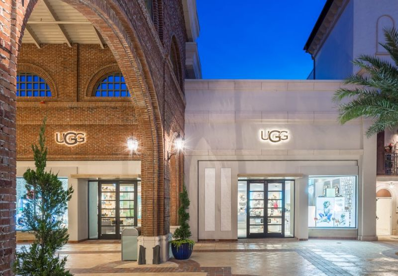 Ugg store in Disney Springs
