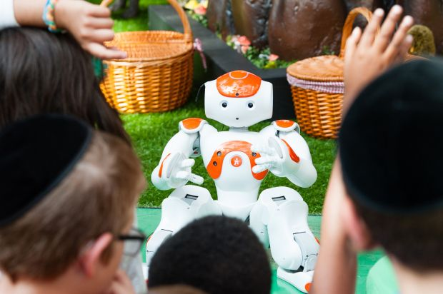 kids activity with Alexander the robot
