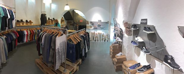Zündstoff offers fair and organic clothing in Freiburg