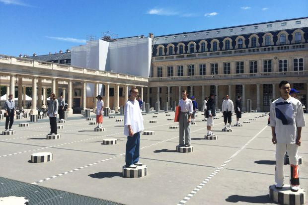 Études' amazing show setting at Palais Royal
