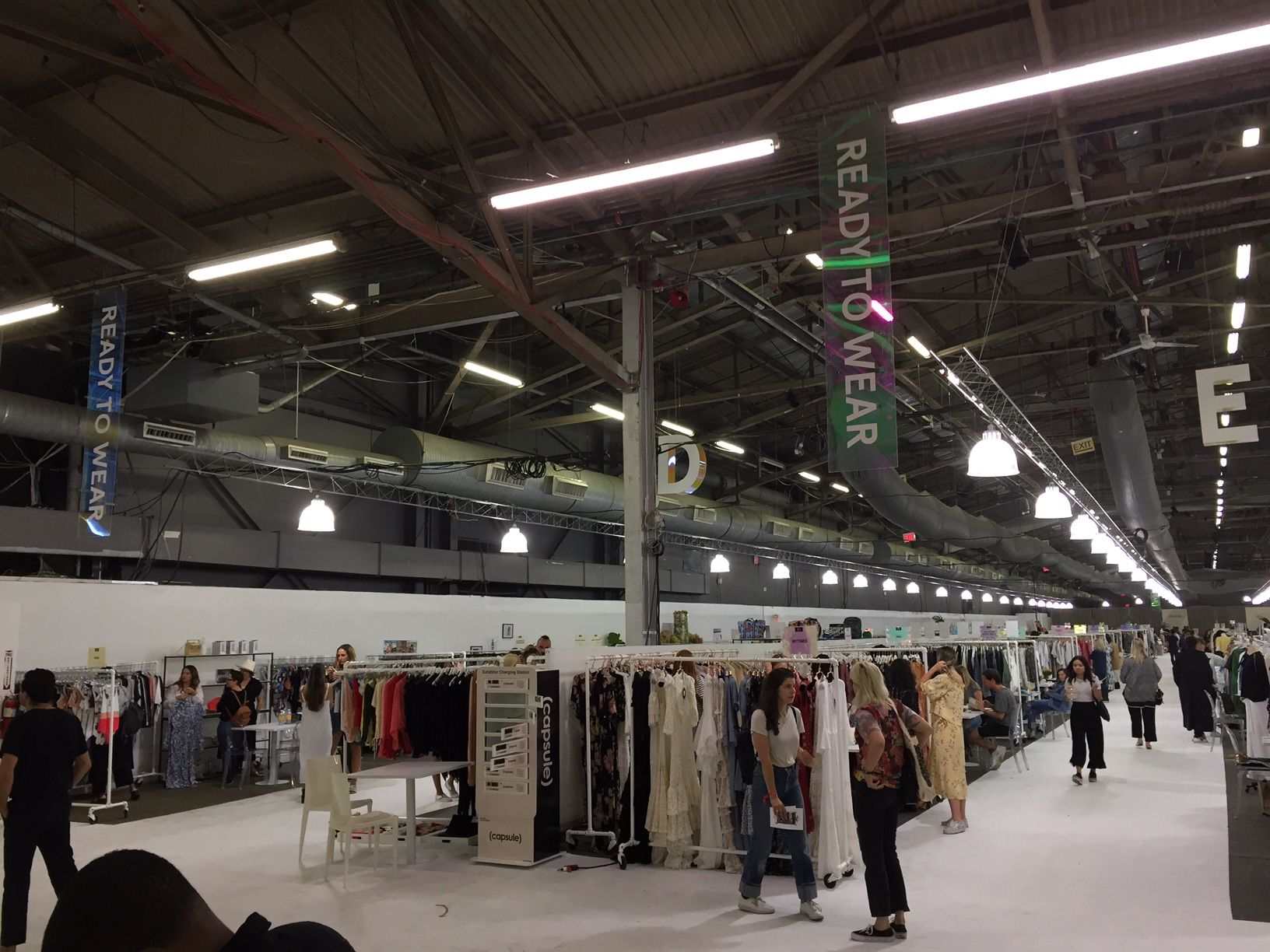 Atmosphere at Capsule