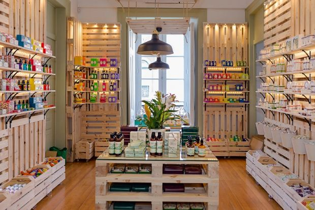 As a concept store, Casa Pau-Brasil also offers beauty products.