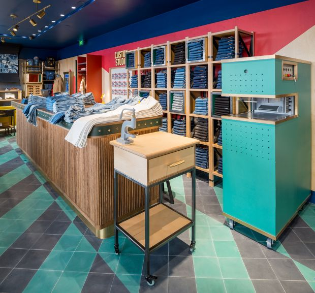 Opening pepe jeans unveils new colorful store concept on - Pepe jeans showroom ...