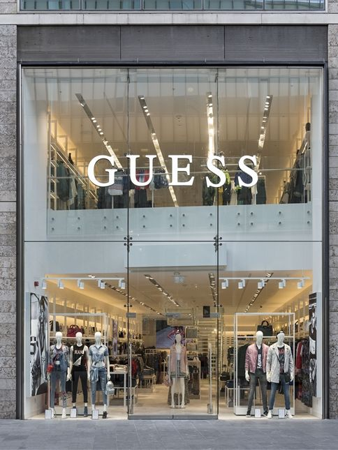 Guess Europe invests into retaIl