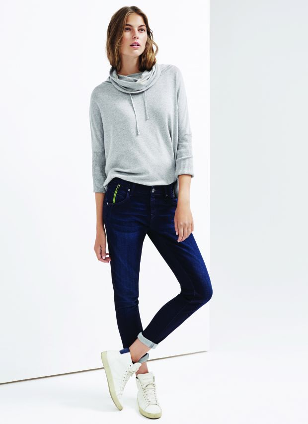 Mavi lookbook image