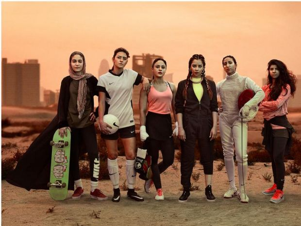 Video Nike To Launch Pro Hijab For Muslim Women Athletes - Nike is going to launch a hijab collection developed together with muslim athletes
