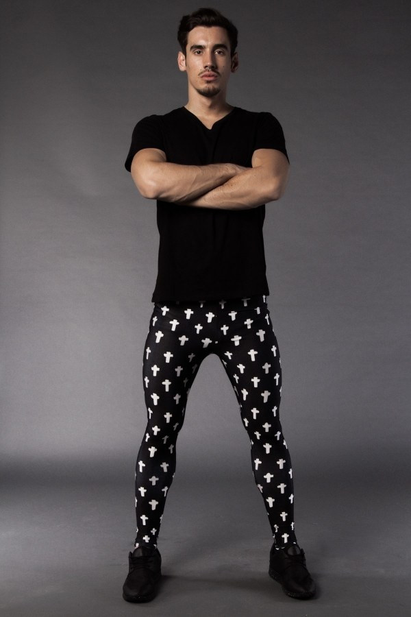 No joke: Meggings – leggings for men